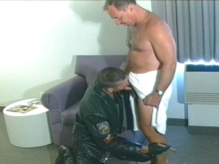 Hot daddy sucks and fucks biker trestle
