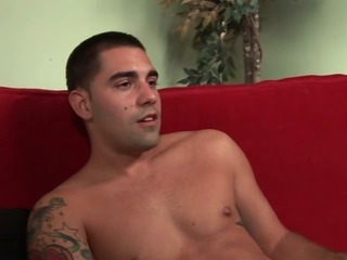 str8,6' 5'' Texan round a HUGE dick does a mutual Fleshjack round a gay dude.