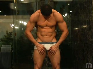 Gorgeous muscled latino stud romario no hold barred solo flirting
