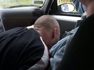 Horny dude gets a blowjob in the wheels